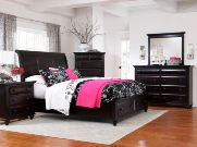 Farnsworth Bedroom Collection